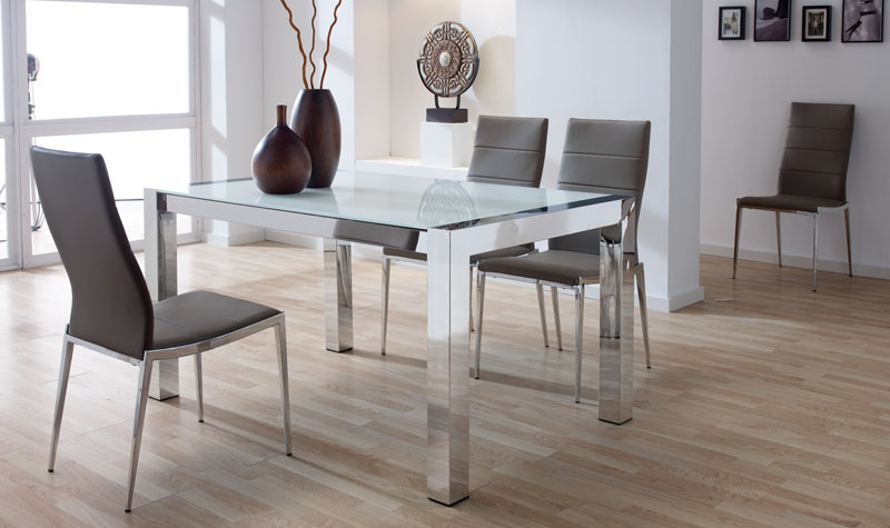 Conjunto mesa de comedor 4 sillas acero lb2 kiona for Sillones para mesa comedor